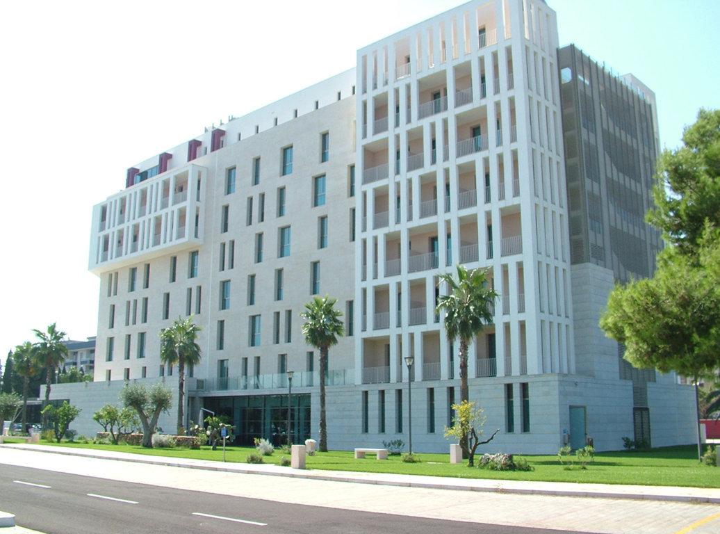 Hilton-Garden-Inn--(56) (FILEminimizer)